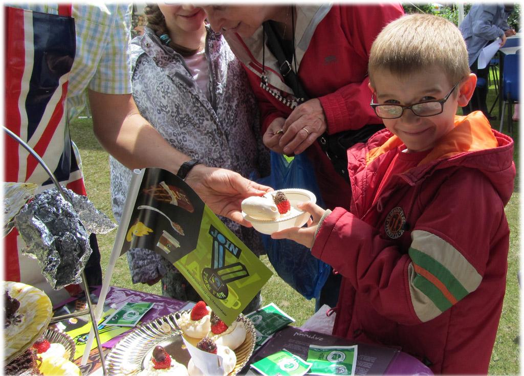 Fairtrade Meringue in Welwyn Garden City